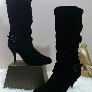 🔥👢Women's rue21 boots